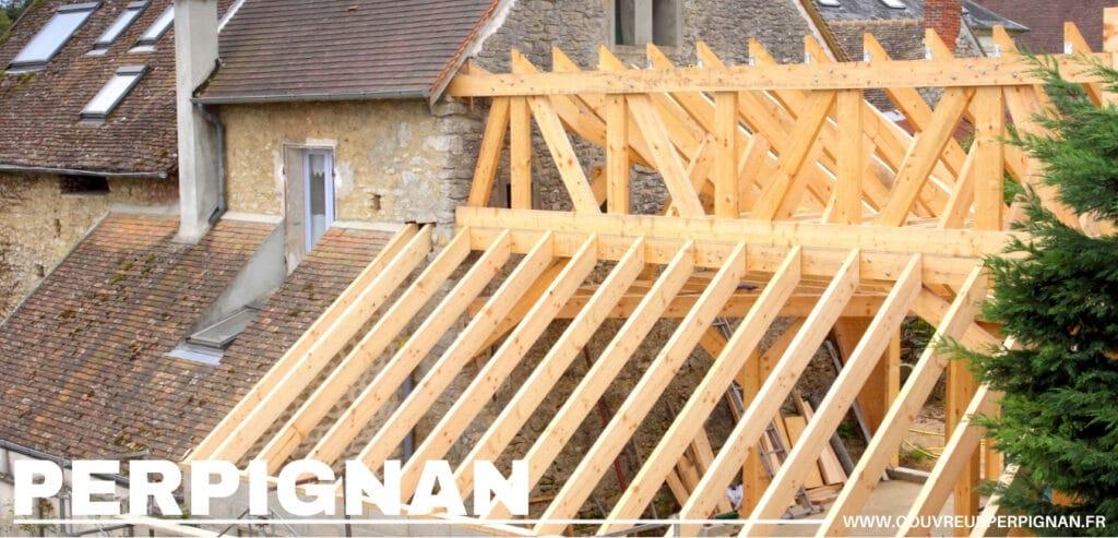 charpente entrain d'être construite Perpignan