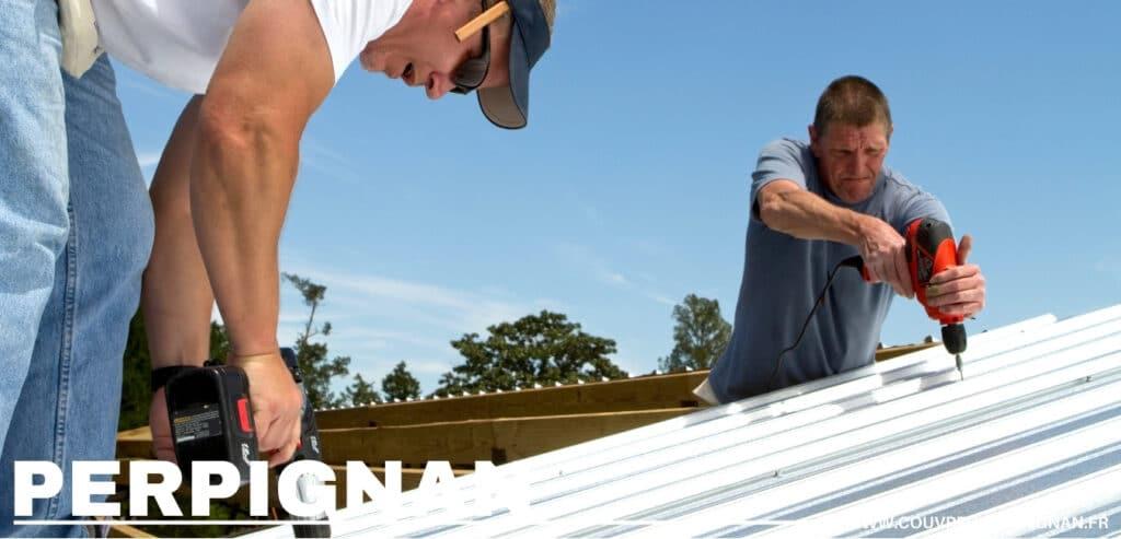 couvreur zingueur posant toit en tôle Pyrénées-Orientales